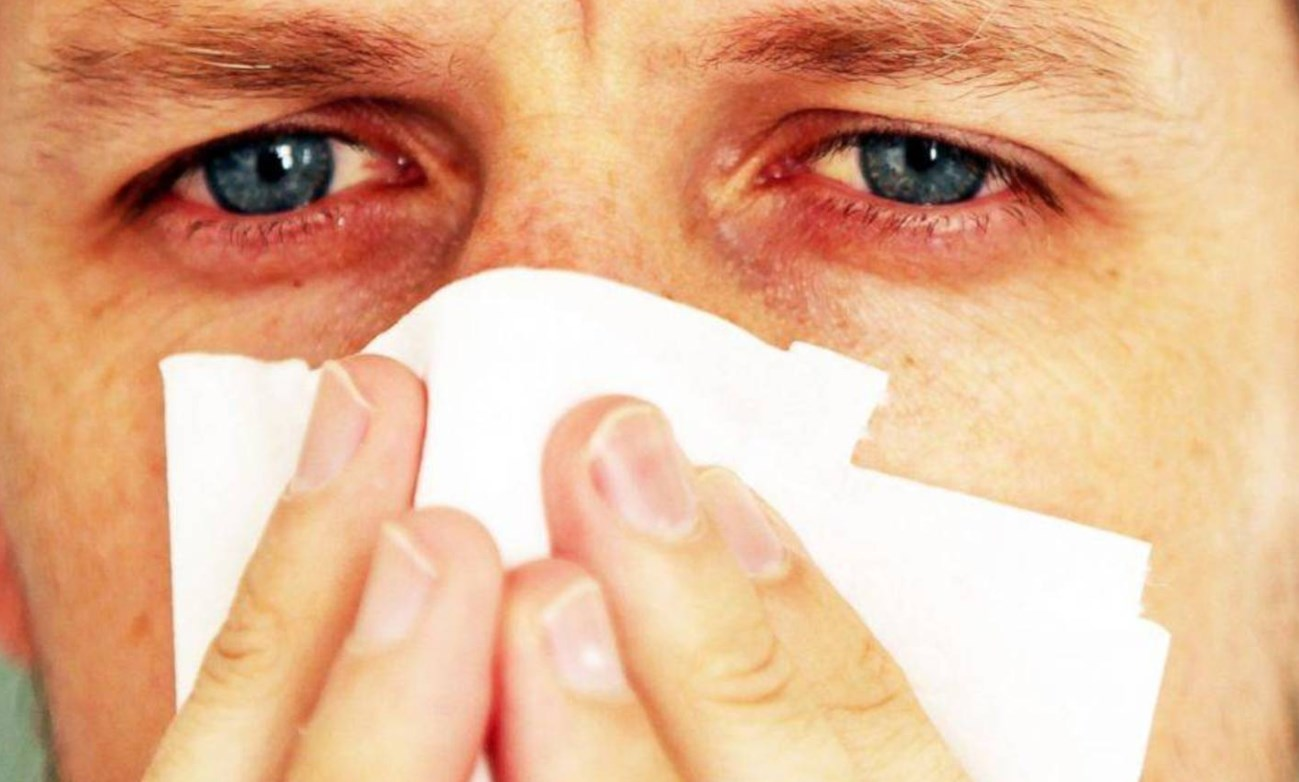allergicheskij kashel' u vzroslogo simptomy