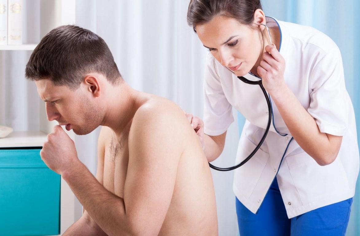 приступ кашля помощь врача