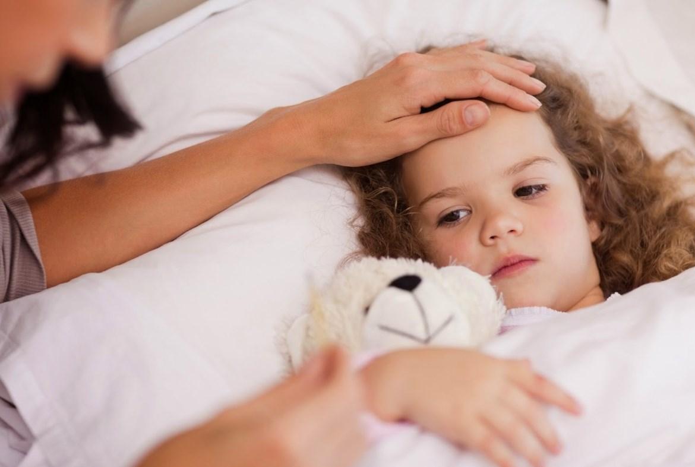 Ребенок кашляет ночью температура