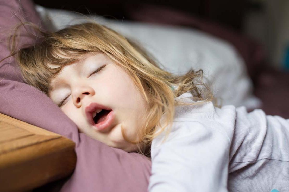 Ребенок плохо дышит во сне